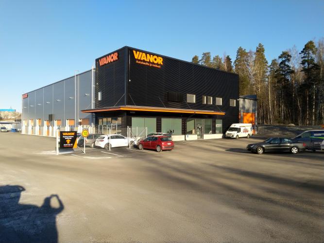 Vianor Jyväskylä, Laukaantie